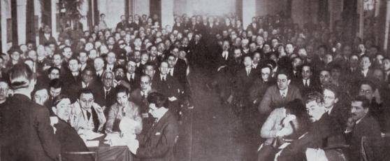 The Gathering of Visionary Anti-Imperialism. Plenary Meeting, Brussels Congress 1927. Source: Louis Gibarti (Hrsg.), Das Flammenzeichen vom Palais Egmont, Neuer Deutscher Verlag, Berlin (1927)