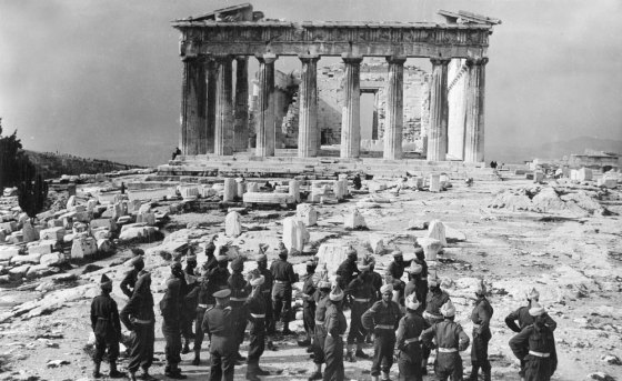 Indian Army troops tour Acropolis, Athens, 1944. NAM. 1990-08-65-211. Courtesy of National Army Museum.