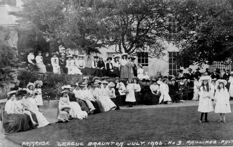 Primrose League Fete, St. Brannocks House, 1906, Braunton; Photographer: Philips; 1906; 413