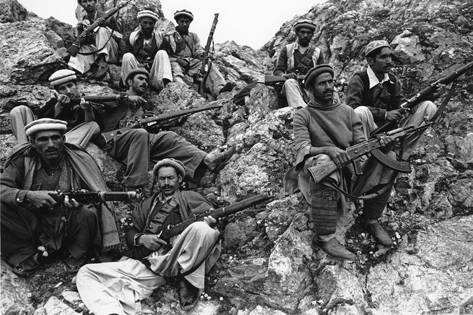 Mujahedeen rebels fighting Soviet troops, Afghanistan, 1980. Credit: Associated Press