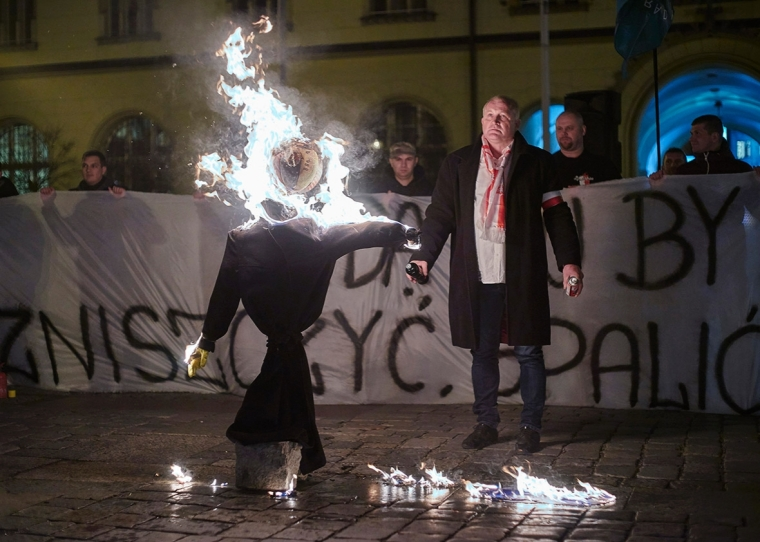 Supporters of the National-Radical Camp (ONR) and the All-Polish Youth demonstrate against refugees in Wroclaw, Poland, Nov. 18, 2015. Courtesy of Slate.
