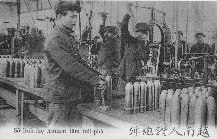 Vietnamese munitions workers. Courtesy of Asia-Pacific Journal.