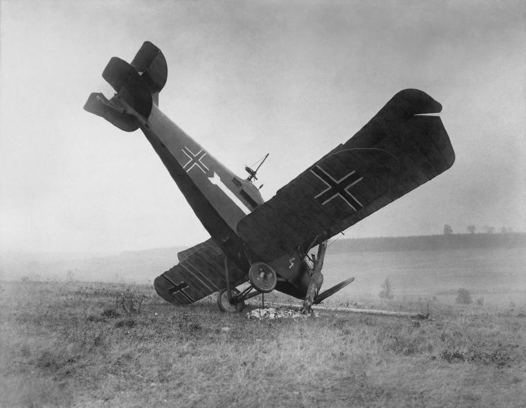 Hannover_CL_IIIa,_Forest_of_Argonne,_France,_1918_(restored).jpg