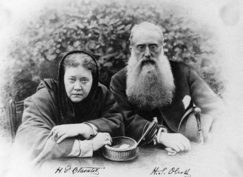 Helena Blavatsky and Henry Steel Olcott, founders of the international Theosophical Society.